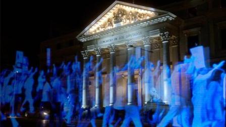 一场震撼人心的游行:世界首例虚拟游行