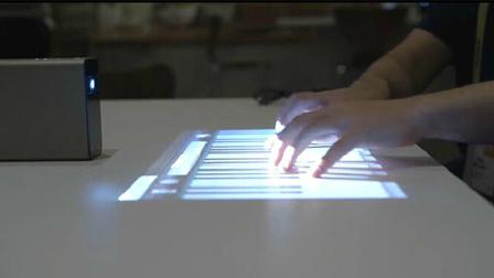 索尼神奇投影仪 把桌面瞬间变成触摸屏!