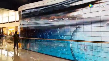 壕有钱!世界最大OLED曲面墙现身迪拜购物中心