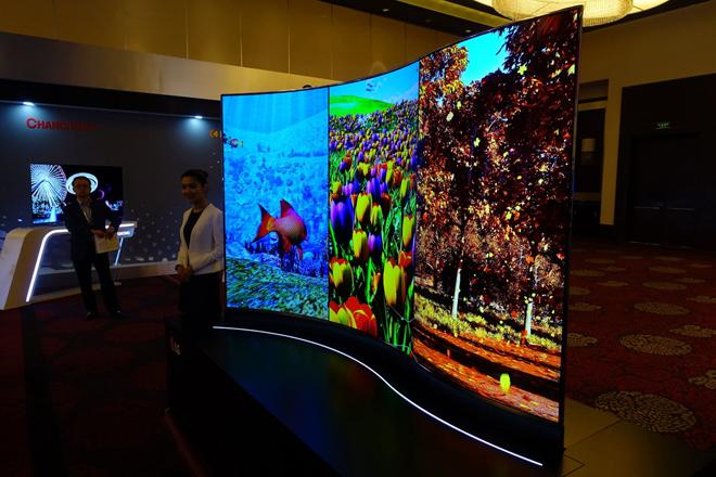 这几张图告诉你OLED为什么是下一代显示技术 2.JPG