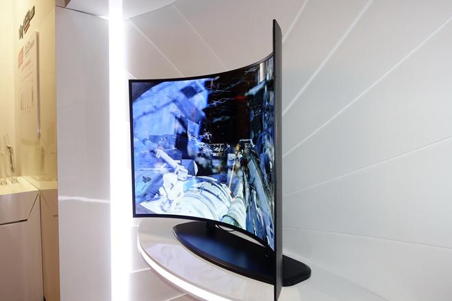 这几张图告诉你OLED为什么是下一代显示技术 5.JPG